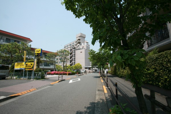 聖蹟桜ヶ丘クローゼット 入口
